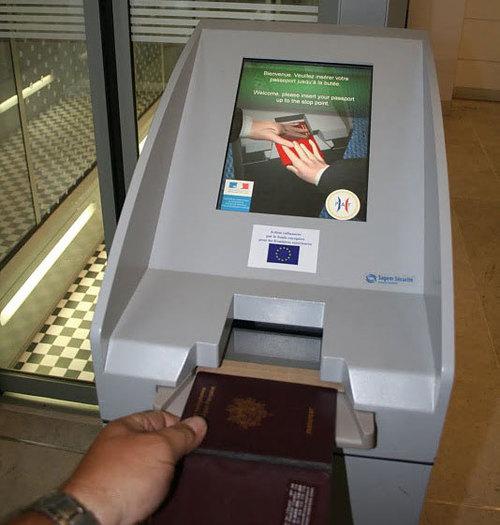 Fabricant de borne accès biométrique